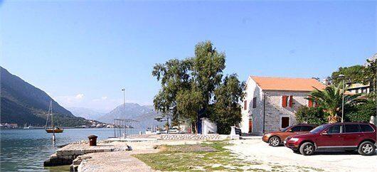 Дома в черногории купить у моря