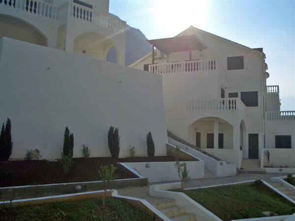 Элитная недвижимость в черногории виллы