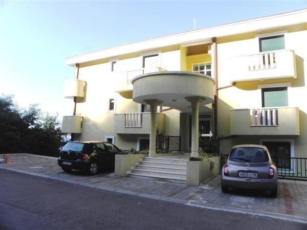 Дом в бечичи черногория купить