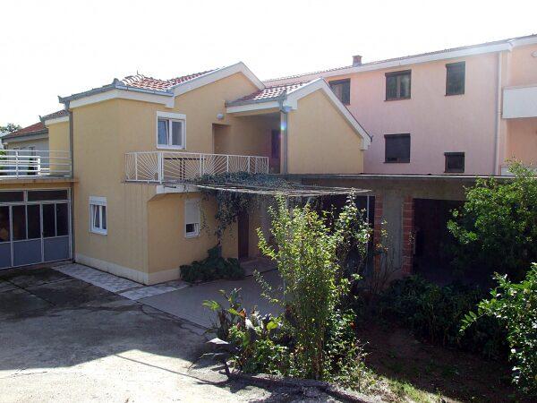 Что можно купить в черногории будва