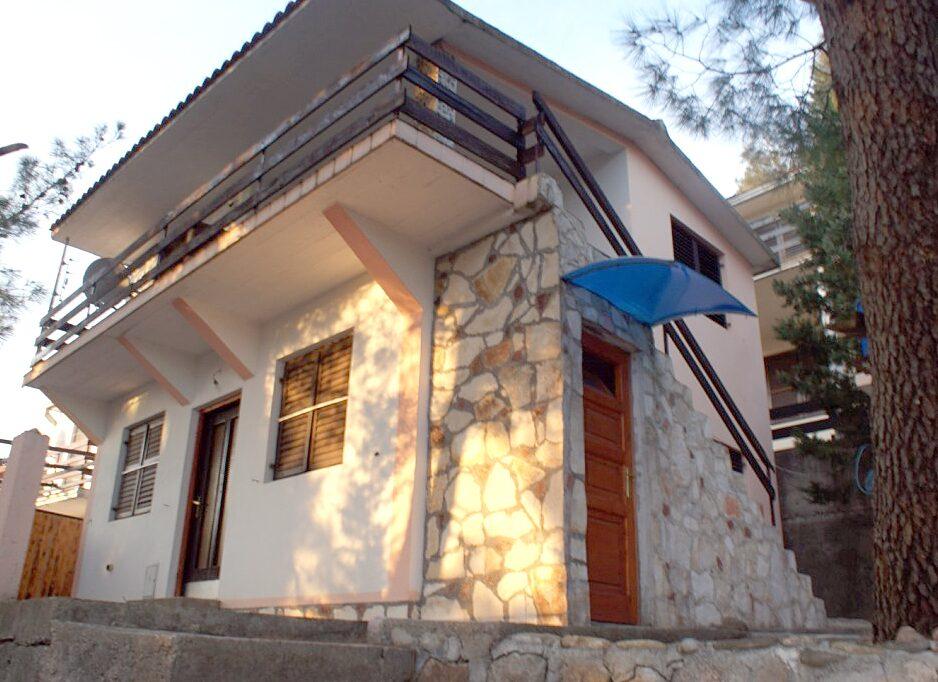 Петровац недвижимость в черногории купить